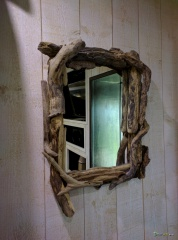 Driftwood mirror sayme