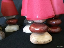 Small pebbles wooden lamp / Apercu n 3