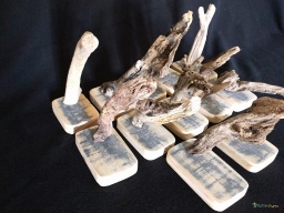 Mini wooden carving driftwood / Apercu n 2