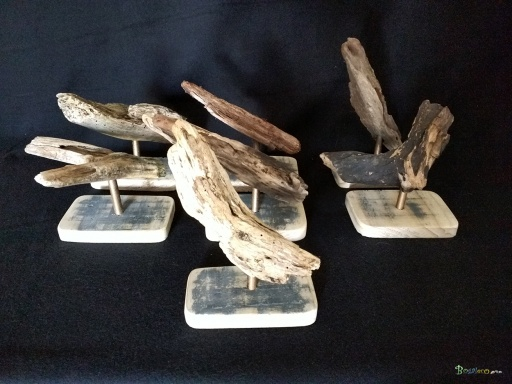 https://www.bogaleco.com / Wood carving driftwood